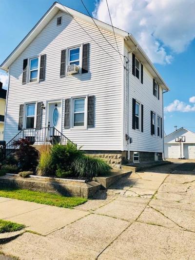 East Providence Single Family Home For Sale: 232 Freeborn Av
