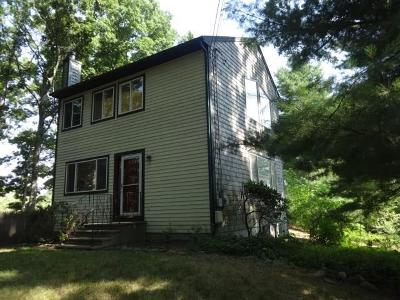 North Kingstown Single Family Home For Sale: 154 Elmwood Dr