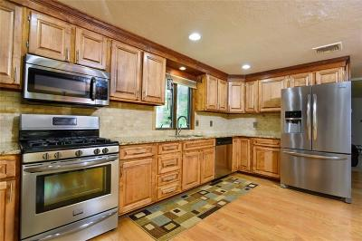 Coventry Single Family Home For Sale: 45 Wood Cove Dr