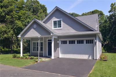 North Kingstown Condo/Townhouse For Sale: 303 Wickford Ct
