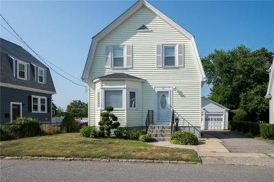 East Providence Single Family Home For Sale: 18 Callender Av