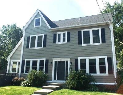 Providence County Single Family Home For Sale: 141 Sessions St