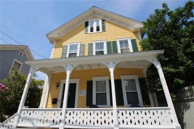 Newport Multi Family Home Act Und Contract: 11 Chapel St