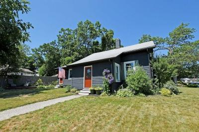North Providence RI Single Family Home For Sale: $229,900