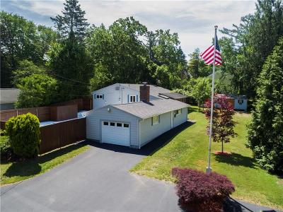 Bristol County Single Family Home For Sale: 74 Maple Lane