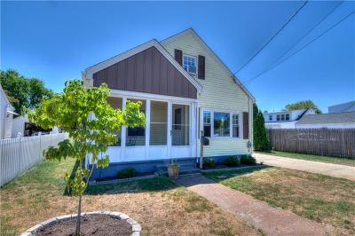 Providence County Single Family Home For Sale: 147 Deer St