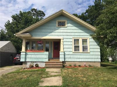 East Providence Single Family Home For Sale: 150 Quarry St