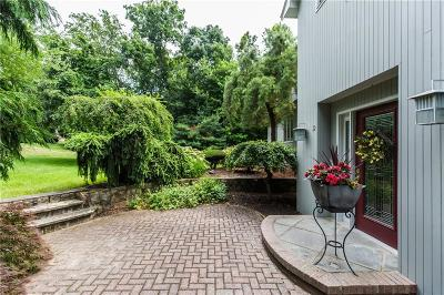 Providence County Single Family Home For Sale: 19 Bridle Dr