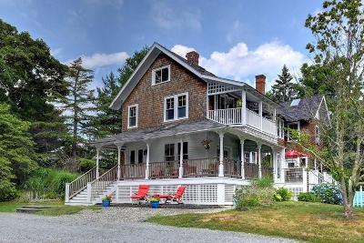 Jamestown Single Family Home For Sale: 53 Coronado St