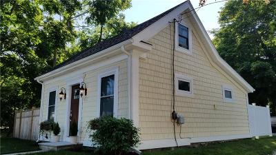 South Kingstown Single Family Home For Sale: 492 High St