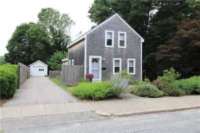 South Kingstown Single Family Home For Sale: 94 Columbia St