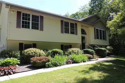 Scituate Single Family Home For Sale: 412 Rockland Rd