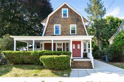 Providence County Single Family Home For Sale: 15 Hudson Pl
