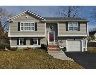 Scituate Single Family Home For Sale: 15 Meadow Rd