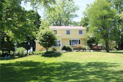 Newport County Single Family Home For Sale: 91 Penny Pond Rd