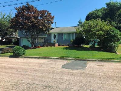 Providence County Single Family Home For Sale: 10 Ruggieri Cir
