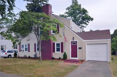 Bristol County Single Family Home For Sale: 22 Dyer St