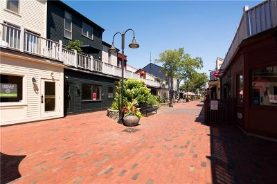 Newport Condo/Townhouse Act Und Contract: 226 Goddard Row, Unit#226 #226