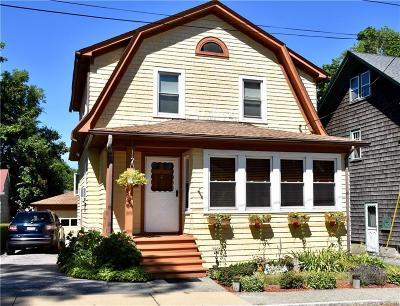 Newport County Single Family Home For Sale: 15 Arnold Av
