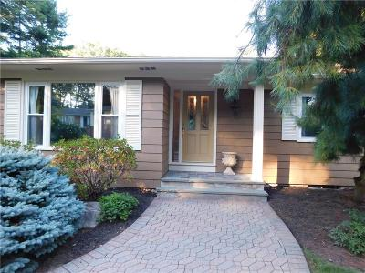 Smithfield RI Single Family Home For Sale: $464,900