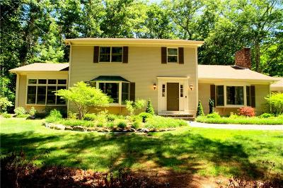 Scituate Single Family Home For Sale: 62 White Pine Dr