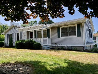 Westerly Single Family Home For Sale: 199 Shore Rd