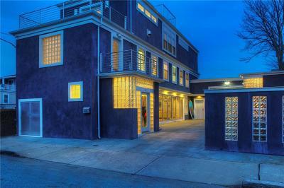 Newport Single Family Home For Sale: 46 Houston Av