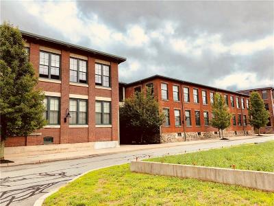 Woonsocket Condo/Townhouse Act Und Contract: 99 Allen St, Unit#211 #211