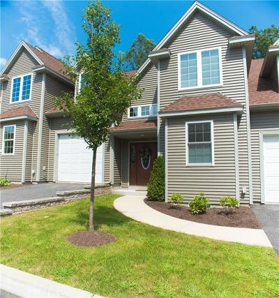 Lincoln Condo/Townhouse For Sale: 315 Old River Rd, Unit#25 #25