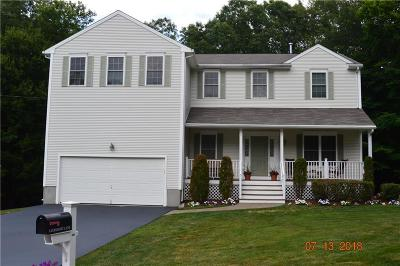 Cranston Single Family Home For Sale: 8 Cohasset Lane