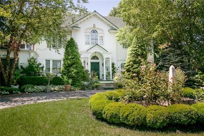 Newport Single Family Home For Sale: 77 Catherine St