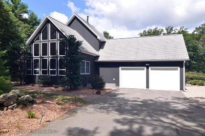 Coventry Single Family Home For Sale: 15 Gentry Farm Dr