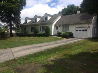 Lincoln Single Family Home For Sale: 1505 Old Louisquisset Pike