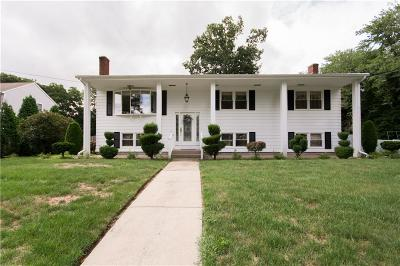 Single Family Home For Sale: 56 S Comstock Pkwy