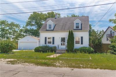 Johnston Single Family Home Act Und Contract: 11 Cecil St