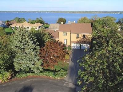 Portsmouth Single Family Home For Sale: 34 Athena Ter