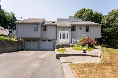 Newport County Single Family Home For Sale: 177 Lepes Rd