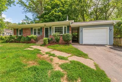 Cumberland Single Family Home For Sale: 8 Southwood Dr