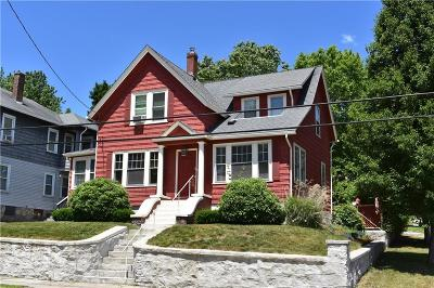 Woonsocket Single Family Home Act Und Contract: 448 Gaskill St