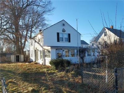 Kent County, Providence County, Washington County Single Family Home For Sale: 57 Bellman Av