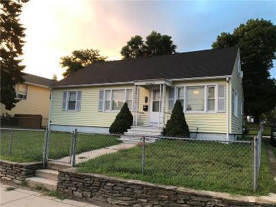 Woonsocket Multi Family Home For Sale: 790 Elm St