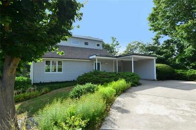 Middletown Single Family Home Act Und Contract: 299 Wolcott Av
