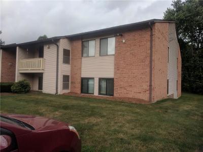 Johnston Condo/Townhouse For Sale: 1145 Hartford Av, Unit#8b #8B