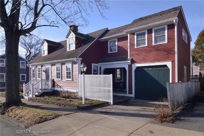 Bristol Single Family Home For Sale: 27 Byfield St St