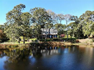 South Kingstown Single Family Home For Sale: 298 Moonstone Beach Rd