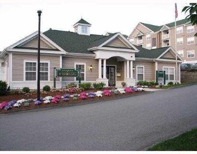 Woonsocket Condo/Townhouse For Sale: 96 Mill St, Unit#304 #304