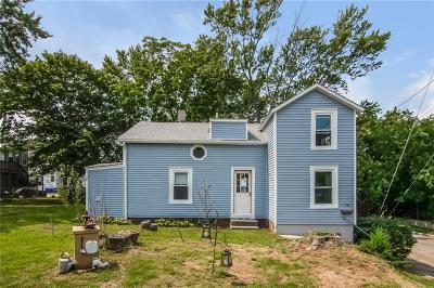 East Providence Single Family Home Act Und Contract: 102 Lincoln Av