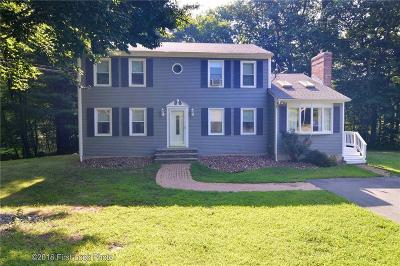 Glocester Single Family Home For Sale: 105 Shaw Dr
