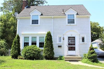 East Providence Single Family Home For Sale: 45 Whitcomb Rd