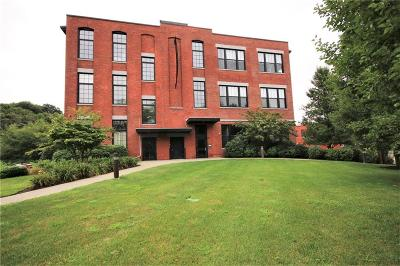 Woonsocket Condo/Townhouse For Sale: 685 Social St, Unit#112 #112